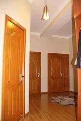 Продается 2-х комнатная квартира в 92 мкр.